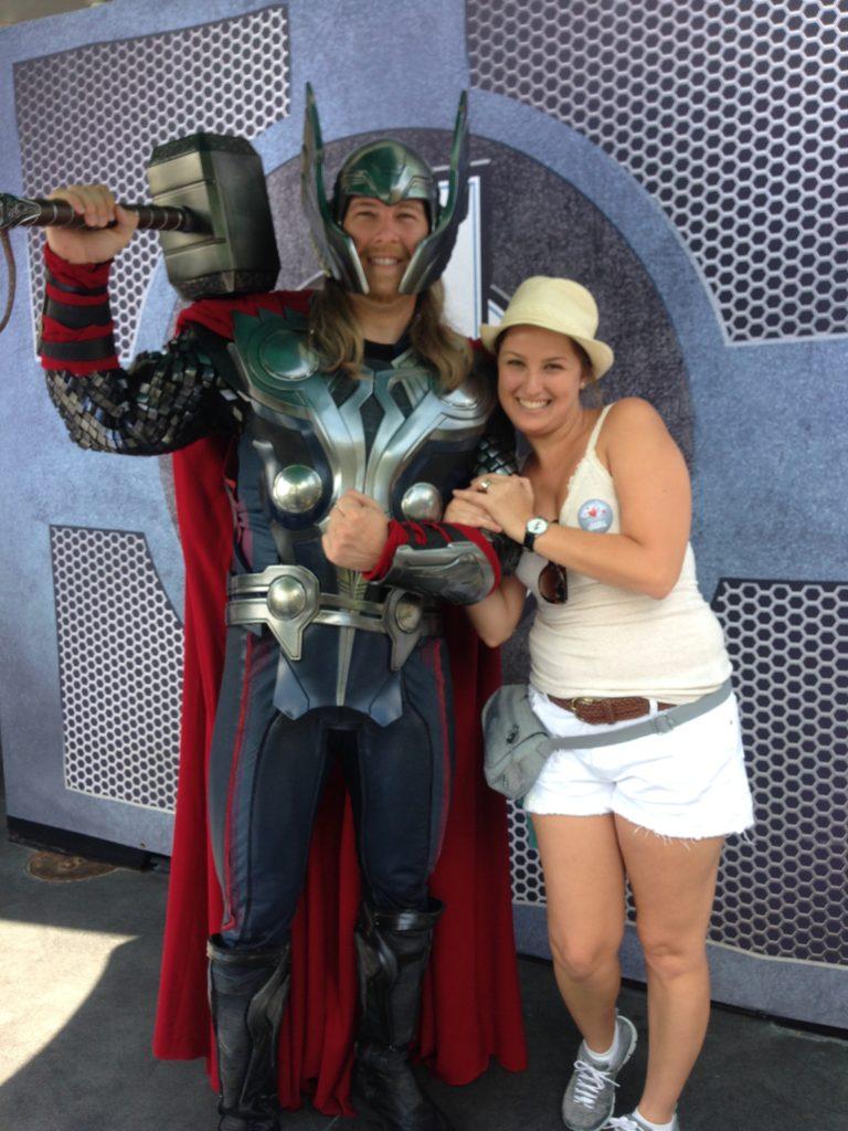 Thor no parque Disneyland na Califórnia