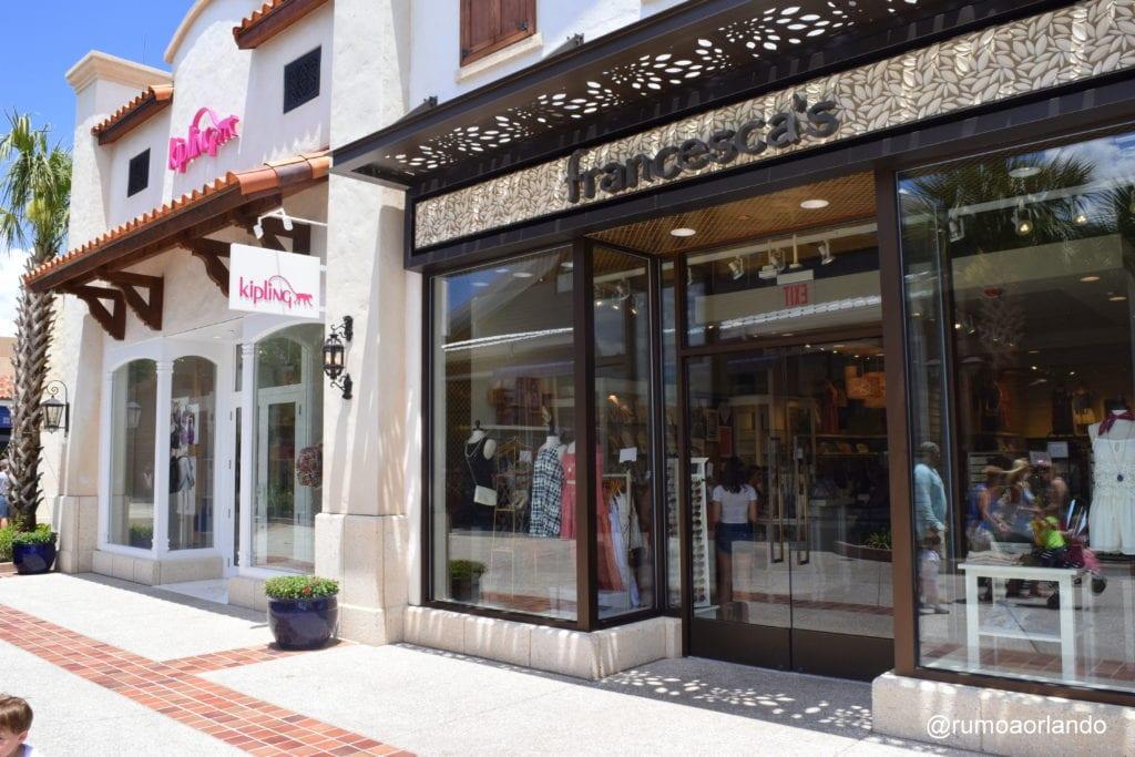 Para quem procura por roupas femininas transadas, a loja Francesca's é uma de nossas preferidas. Os preços são acessíveis e os produtos, lindos.