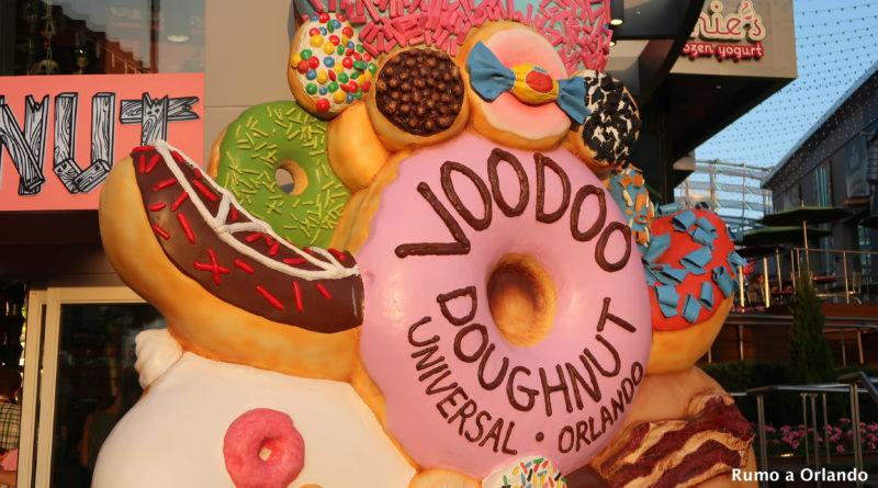 Como é o Voodoo Doughnut