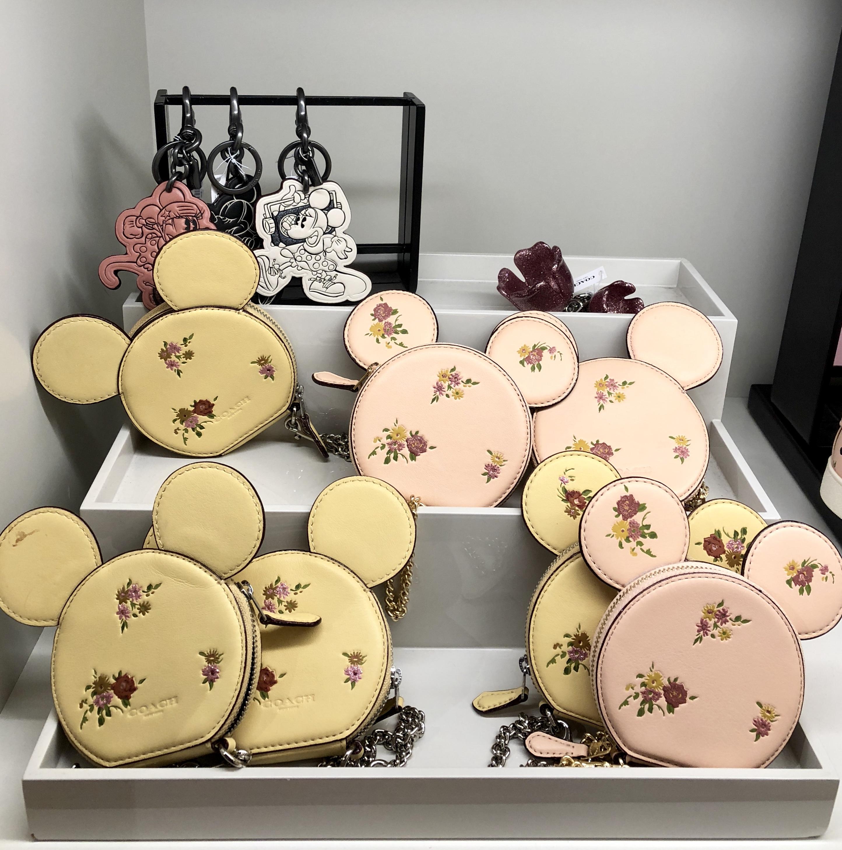 Nova coleção Coach Minnie Mouse