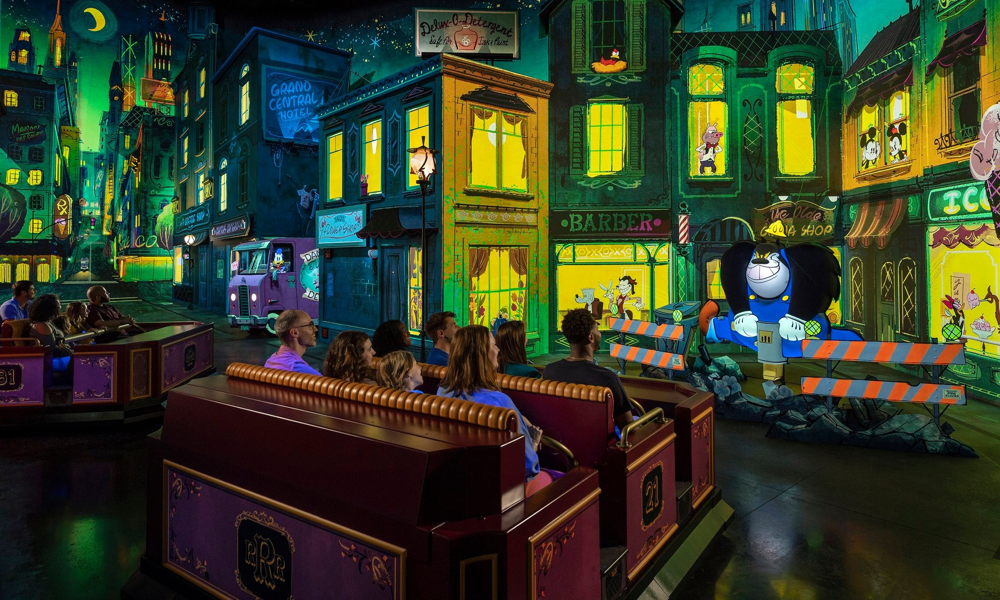 Mickey & Minnie's Runaway Railway estreia no Hollywood Studios