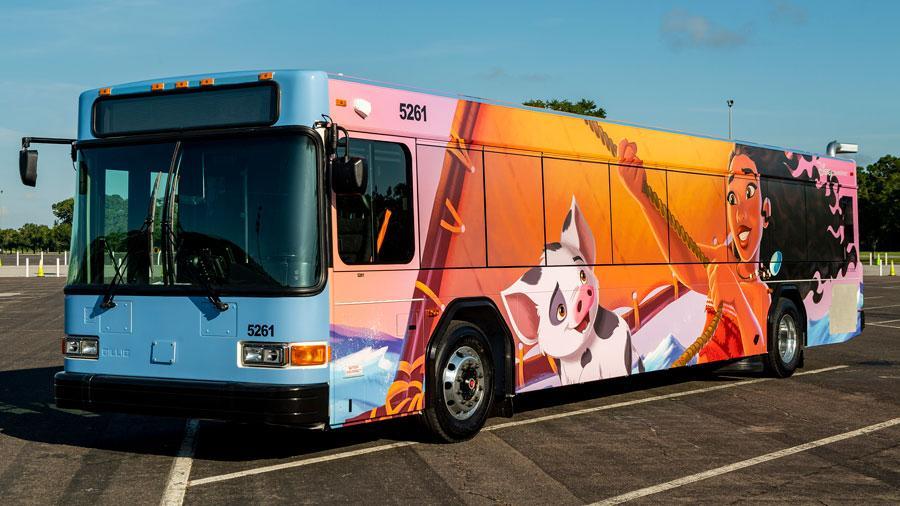 Ônibus da Disney.
