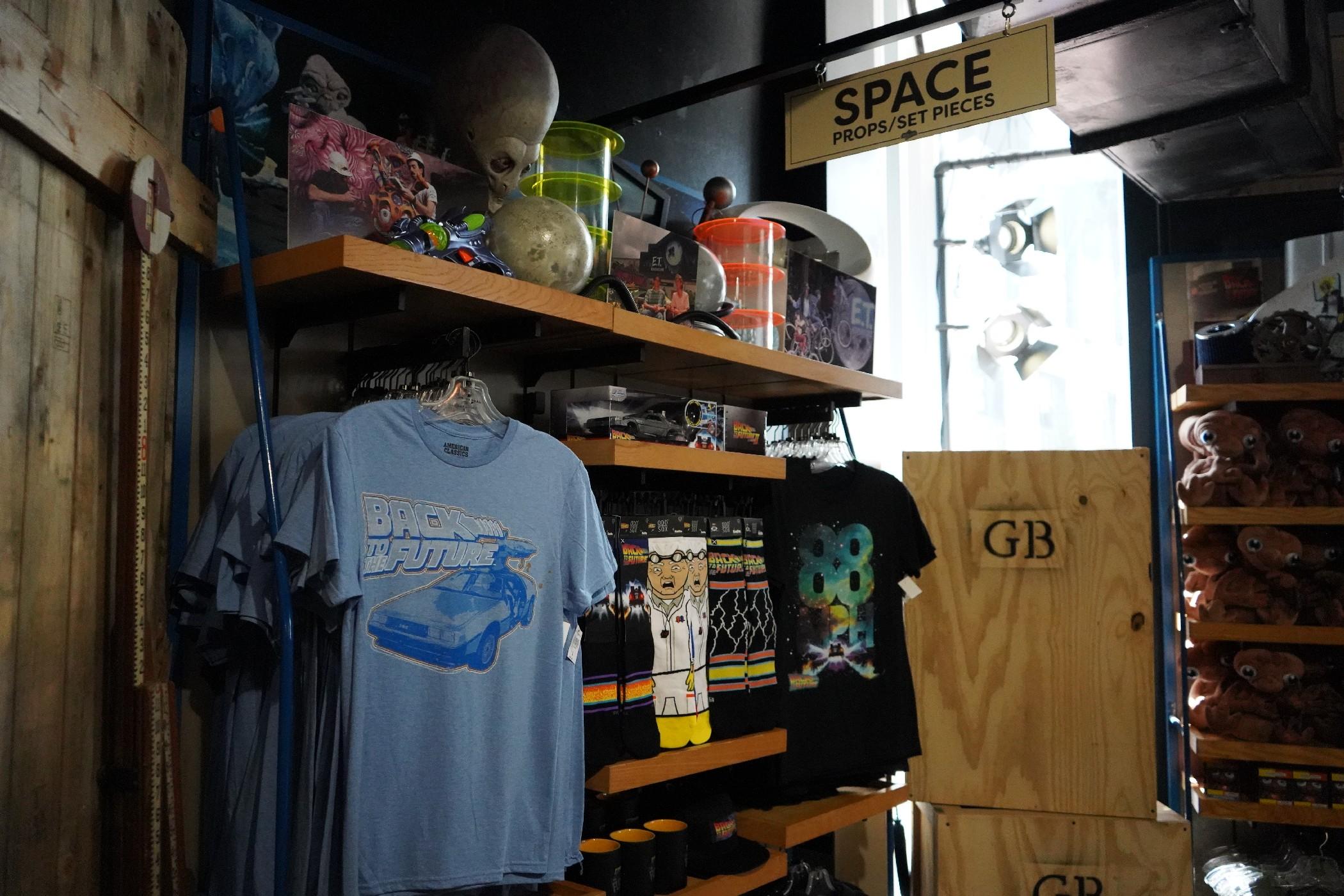 Universal-Legacy-Store